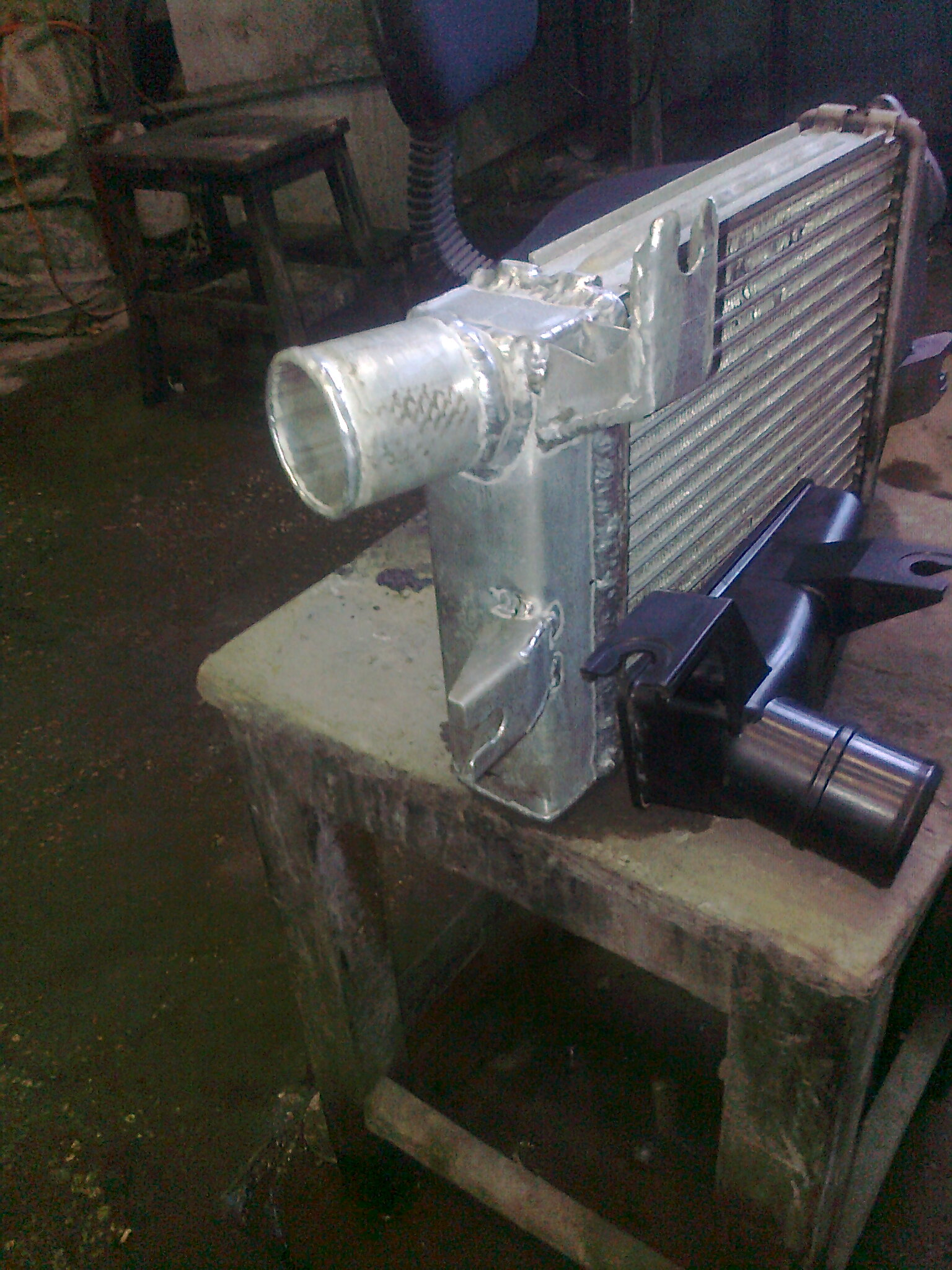 Ремонт радиаторов автомобилей 12 фотография